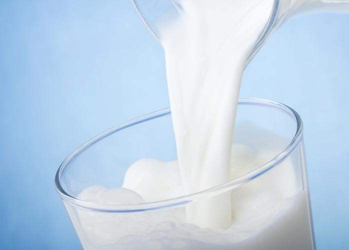Latte-alimento-segreto-per-combattere-l'anemia